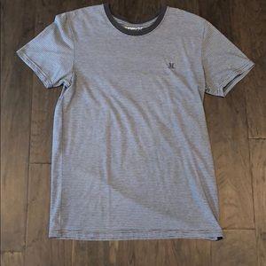 Hurley premium fit gray stripes t shirt - M
